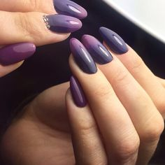 awesome 25 Pleasant Ways of Styling Ombre Nails – Pure Dose of Elegance Check more at http://newaylook.com/best-ways-of-styling-ombre-nails/
