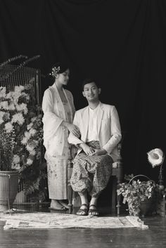 amazing wedding photography beautiful number 8378954705 mentioned on 20190626 photography indonesia Javanese Wedding, Indonesian Wedding, Malay Wedding, Pre Wedding Poses, Pre Wedding Photoshoot, Wedding Photography Props, Couple Photography, Photography Ideas, Classic Photography
