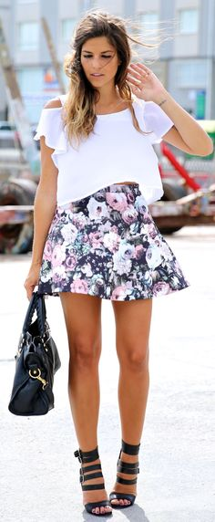 Crop Top e saia floral