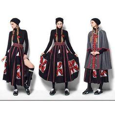 Rock bestickt Ukrainisch Skirt von EmbroideredDream auf Etsy