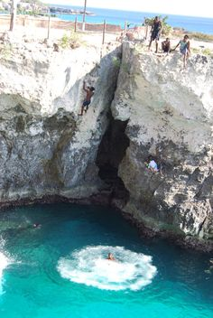 Negril, Jamaica | What would you do with 8 hours in Jamaica? The cliff jumping near Rick's Cafe has been a mainstay of the island for over 40 years, transforming the town of Negril into a prime destination.