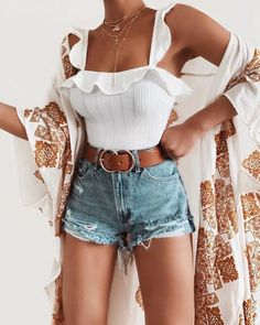 Cute Summer Outfits For Women And Teen Girls Casual Simple Summer Fashion Ideas. Clothes for summer. Summer Styles ideas Trending in Cute Summer Outfits, Cute Casual Outfits, Short Outfits, Stylish Outfits, Spring Outfits, Casual Summer Clothes, Summer Outfits For Vacation, Layered Summer Outfits, Concert Outfit Summer
