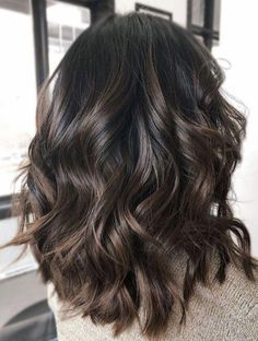 Long Wavy Ash-Brown Balayage - 20 Light Brown Hair Color Ideas for Your New Look - The Trending Hairstyle Brown Hair Balayage, Hair Highlights, Short Balayage, Ombre Hair Color, Brown Hair Colors, Dark Colors, Medium Hair Styles, Curly Hair Styles, Ombré Hair