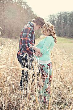Inspiration for Maternity Photo Shoot