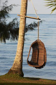 Chen Sea Resort & Spa Phu Quoc - seaside hanging seat.