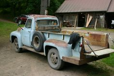 """Post pics of your trucks with """"PATINA"""" - Ford Truck Enthusiasts Forums 1956 Ford Truck, 1956 Ford F100, Tow Truck, Chevy Trucks, Ford 4x4, Old Fords, Old Trucks, Old School, Antique Cars"""