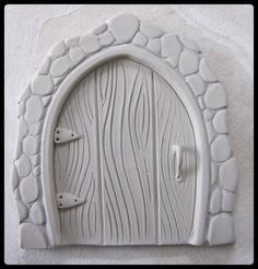 Clay Fairy Door Tutorial by Elizabeth Burtt - CraftsyResultado de imagem para making a fairy house for elementary clay projectArts And Crafts Beer Parlor Polymer Clay Kunst, Polymer Clay Fairy, Fimo Clay, Polymer Clay Projects, Polymer Clay Creations, Clay Fairy House, Fairy Houses, Clay Fairies, Fairy Doors