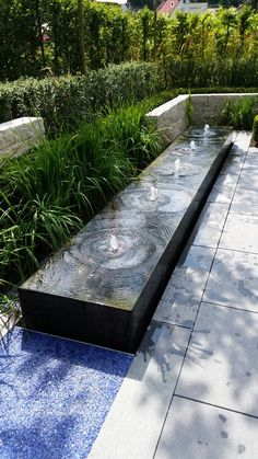 Home - Container Water Gardens Infinity edge water fountain ideas Modern Water Feature, Small Water Features, Diy Water Feature, Backyard Water Feature, Water Features In The Garden, Outdoor Water Features, Stone Water Features, Pool Backyard, Water Fountain Design