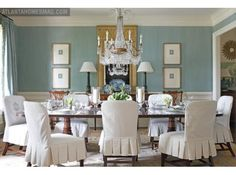 House of Turquoise: Elizabeth Elsey (Walls: Farrow & Ball Oval Room Blue over Farrow & Ball Light Blue in custom strié finish. Green Dining Room, Dining Room Design, Dining Room Chairs, Dining Rooms, Design Room, Kitchen Chairs, Dining Tables, Dining Set, Fine Dining