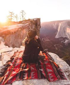 Camping offers an exciting adventure that can let you escape the modern world. It lets you appreciate nature and forget about your troubles for some time. Adventure Awaits, Adventure Travel, Adventure Style, Camping 3, Camping Cooking, Camping Water, Camping Breakfast, Camping Coffee, Camping Chairs