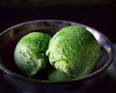 Esta es la receta japonesa para preparar un delicioso helado de té verde que contiene una gran cantidad de antioxidantes que te ayudan a mantenerte joven y con buena salud.