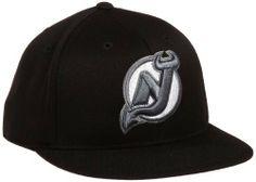 NHL New Jersey Devils Game Day Black Pro Shape Flat Brim Flex Cap- Tx79Z Reebok. $13.30