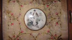 ANCIEN PLATEAU TRAVAIL D'AIGUILLE AVEC BRODERIE DE PAILLETTES EPOQUE 1820 #NapolonIII