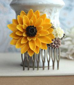 Sunflower Collage Hair Comb. Summer Wedding. Sunflower Wedding Inspiration.