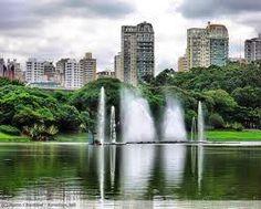 Parque de Ibirapuera, el mas bello de los jardines botánicos de San Paulo, Brasil.