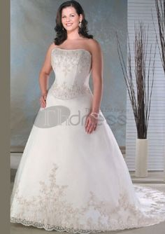 Lace Ivory Ball Gown Plus Size White Sweetheart Embroidery Beading Satin Organza Wedding Dress on sale, a perfect Ball Gown Wedding Dresses with high quality and nice design. Buy it now or discover your Ball Gown Wedding Dresses Plus Size Bridal Dresses, Wedding Dresses Plus Size, Wedding Bridesmaid Dresses, Plus Size Wedding, Ball Dresses, Ball Gowns, Dresses 2013, Dresses Online, Bridal Gowns