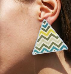 Earrings by metal & glass 10,00