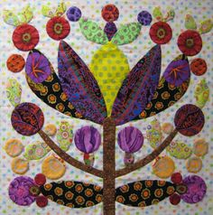 I decided to put up my machine this week and focus only on handwork: applique, cutting fabrics, organizing fabrics, and even knit. Raw Edge Applique, Hand Applique, Wool Applique, Applique Patterns, Applique Quilts, Embroidery Applique, Quilt Patterns, Applique Ideas, Lollipop Tree