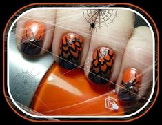 Freehand Spiders and Webs | Community Post: 24 Spooky Nail Art Ideas For Halloween