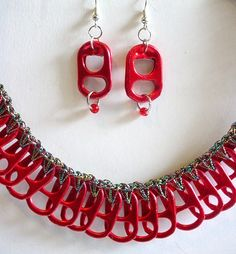Red Necklace and Earring Set Soda Tab Crafts, Can Tab Crafts, Bottle Cap Crafts, Recycled Jewelry, Handmade Jewelry, Pop Top Crafts, Soda Can Tabs, Red Necklace, Bijoux Diy