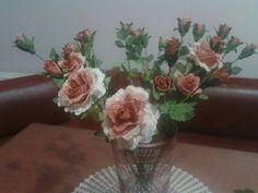 Ali, Glass Vase, Plants, Home Decor, Decoration Home, Room Decor, Ant, Plant, Home Interior Design