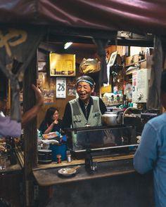 """Discover Tokyo"": Stunning Candid Street Photos Of Tokyo By RK - Street photography Street Photography People, Candid Photography, Documentary Photography, Modern Photography, Travel Photography, André Kertesz, Japan Street, Tokyo Streets, Alberta Canada"