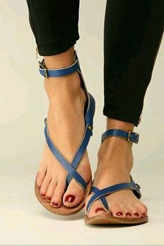 These are cute. Flat, simple, leather (?), And blue :)