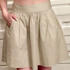 Banana Republic skirt High-waisted. Pleated. Full skirt. Never worn. Fits perfectly on a size 0/2! Banana Republic Skirts