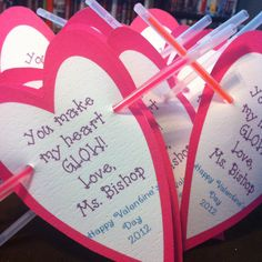 valentine's day glow bracelet- another great kids idea!