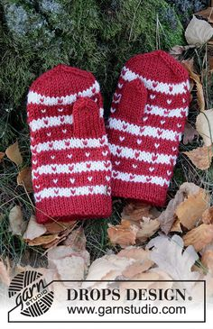 Knitted mittens with Nordic pattern for children in Drops Karisma. Knitted Mittens Pattern, Crochet Mittens, Knitted Gloves, Knitting Patterns Free, Free Knitting, Crochet Baby, Free Pattern, Knit Crochet, Drops Design