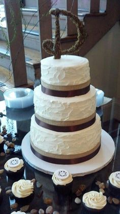 Rustic Wedding Cake I did for a family member.