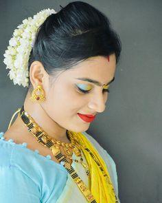 Marathi Wedding, India Beauty, Bridal Looks, Scarlett Johansson, Girl Photos, Beauty Women, Vip, Desi, Bikini