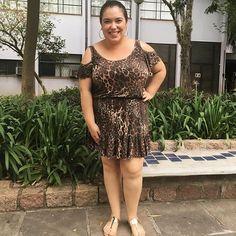Look total relax pra esse dia de calor intenso! Vestidinho leve da @merckadodamulher e sandália dourada da @lojaspaqueta!  #lookdadaphne #lookdodia #ootd #outfitoftheday #moda #fashion #blogueirademoda #bIogando #fashionblogger #blogdemoda #fashionblog #blogger #blogueira #animalprint #oncinha #dourado #gold #metalico #rsbloggers #lifeasdaphne