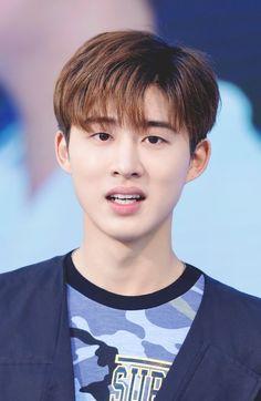 #iKON #leader #KimHanBin #BI #김한빈 #비아이