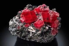 Rhodochrosite, Tetrahedrite, Quartz Region: Millennium Pocket, Fluorite Raise, Sweet Home Mine, Mount Bross, Alma District, Park County, Colorado, USA
