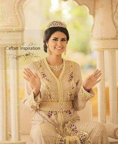 Caftan 2018 Tendances Hiver : Robes Marocaines de Luxe - Caftan Marocain de Luxe 2018 : Boutique Vente Caftan Pas Cher