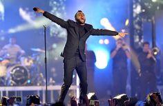 Duran Duran, Ellie Goulding e Marco Mengoni: le foto del concerto di MTV in Piazza Duomo a Milano