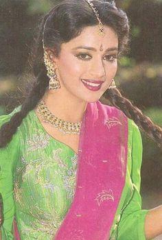 Top 10 Bollywood Actress, Bollywood Heroine, Bollywood Stars, Beautiful Bollywood Actress, Most Beautiful Indian Actress, Bollywood Fashion, Beautiful Actresses, Madhuri Dixit Hot, Actress Anushka