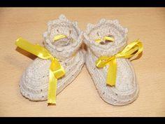 Вязание пинеток крючком шаг 2 - бортик.  Crochet knitting bootees step 2 - skirting
