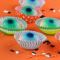 Jellied Eyeballs Jello Shots Recipe(Fun with the Kamikaze, or make a virgin version for the kids with white cranberry juice cocktail)
