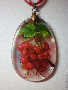 """Купить Кулон """"Смородинка"""" Кулон продан - красный, лаковая миниатюра, живопись маслом, живопись на камне"""