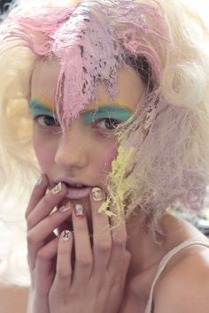 """ meadham kirchhoff spring/summer 2012 make-up "" Pastell Make-up, Pale Pink Lips, My Little Pony Hair, Pastel Eyeshadow, Meadham Kirchhoff, Audrey Kitching, Foto Fashion, Pastel Hair, Pastel Goth"