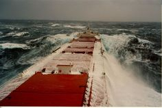 The storm pictures below were taken during a North Atlantic storm February, 1987 on an eastbound passage from Tampa, Florida to Ghent, Belgium (Prinner - Pops of Blue and Red to hang on a Wall! Storm Pictures, Cool Pictures, Tanker Ship, Grands Lacs, Great Lakes Ships, Boat Insurance, Merchant Marine, Merchant Navy, Stormy Sea