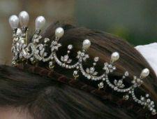 norvege  Queen Maud's pearl and diamond tiara  version simple