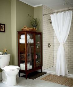 Gorgeous High Ten Suggestions for Shopping for Bathroom Cabinets A preferred pattern in rest room design in the mean time is so as to add furnishings to the room. Now I am not speaking about sofas or chairs, however. Bad Inspiration, Bathroom Inspiration, Antique Curio Cabinet, Curio Cabinet Decor, Small Curio Cabinet, Antique Cabinets, Cabinets To Go, Muebles Shabby Chic, Interior Minimalista