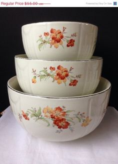 Hall 's Superior Quality Kitchenware  Nesting Bowls  by nddevens