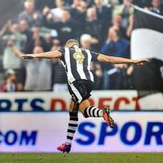 @NUFC : RT @dwightgayle: Good to get back to winning ways. toon army