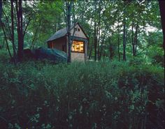This is a tiny reading/writing house that writer Michael Pollan build (for) himself near his own house.