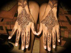 henna lounge: database of henna inspiration <3