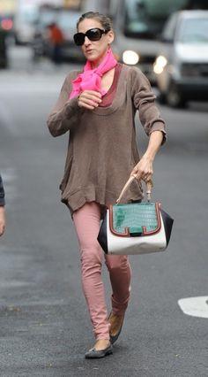 sarah jessica parker celebrity style: Sarah Jessica Parker in a lace dress